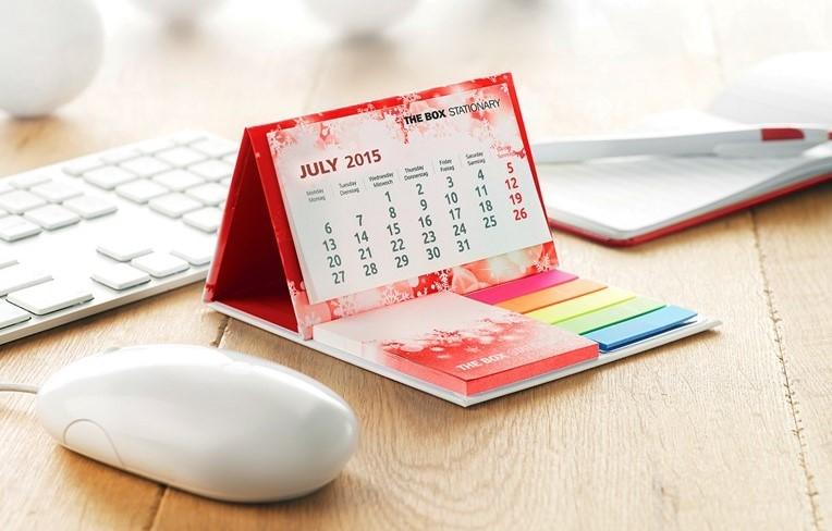 Személyre szabott üzleti és irodai ajándékok - asztali naptár